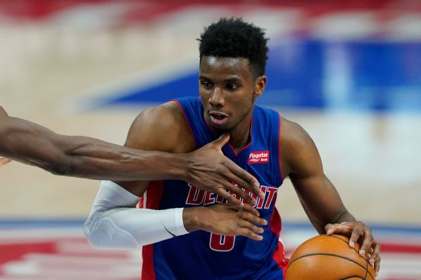 Diallo returns to Pistons on 2-year, $10.4M deal