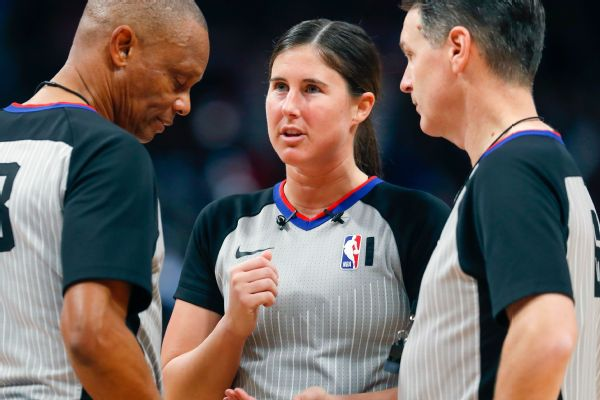 NBA to require refs to be vaccinated this season