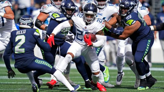 Titans' Derrick Henry bolts 60 yards for touchdown