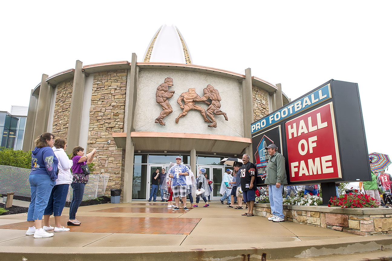 Ware, Mathis among first-year HOF nominees