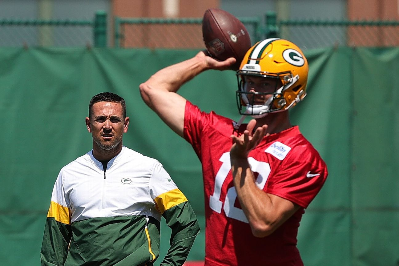 Source: Packers add to QB room with Dolegala