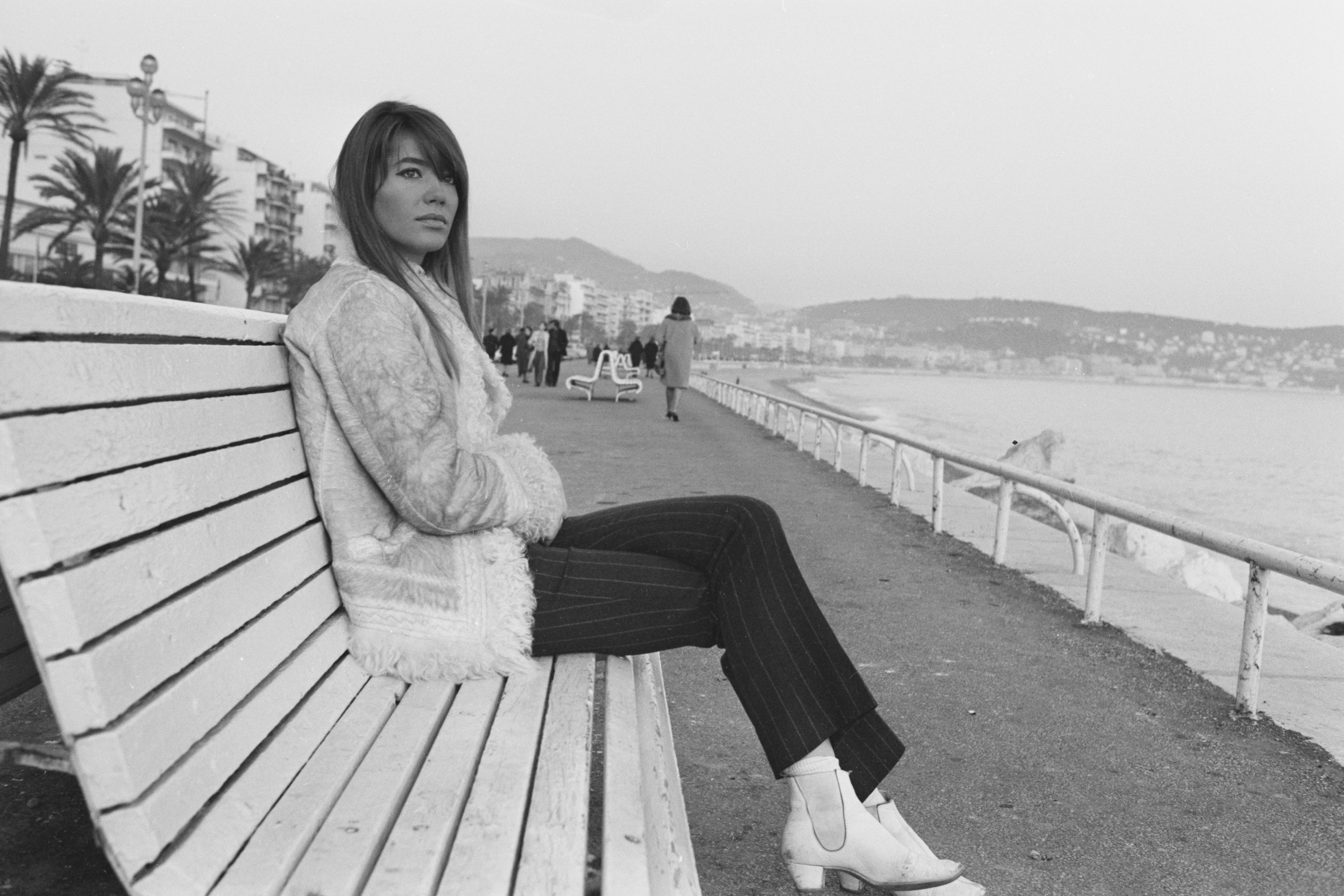 Françoise Hardy Argues for Her Right To Die in France
