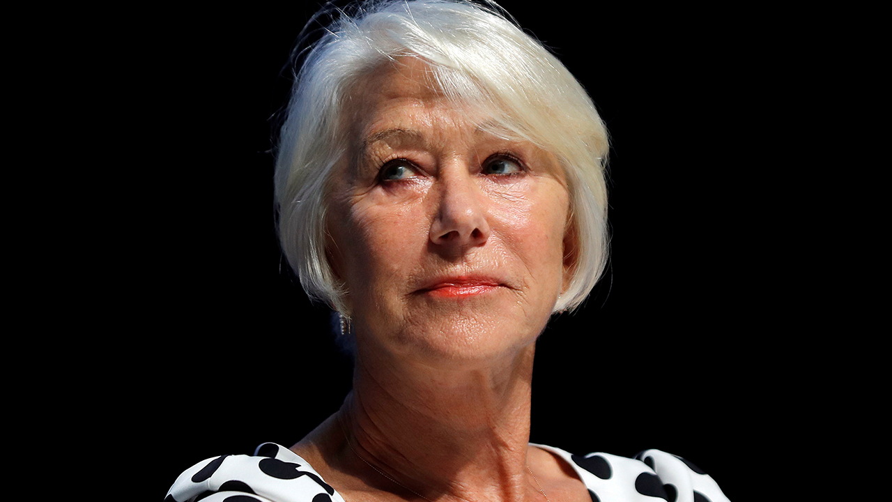 Helen Mirren's 'Tonight Show' interview was done from a bathtub: 'Favorite place in the world'